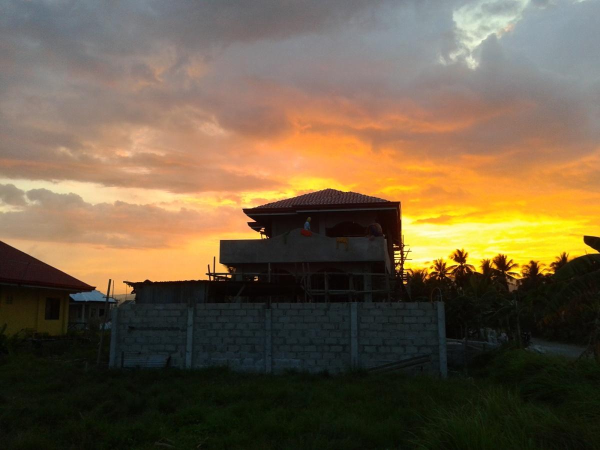 missnessiemarie|orange sunset